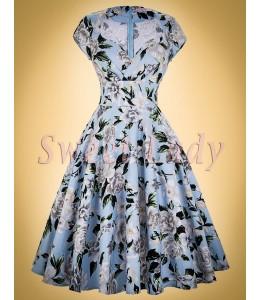 Vzorované bavlnené šaty v štýle vintage