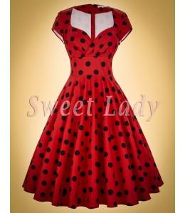 Roztomilé bodkované retro šaty