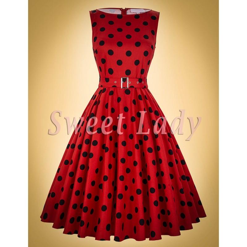 bda418bcac14 Roztomilé červené retro šaty s čiernymi bodkami. Loading zoom