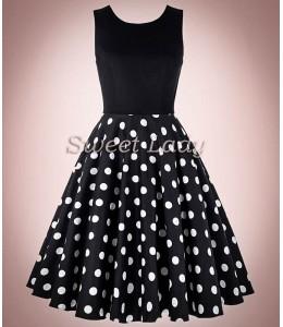 Vintage šaty s bodkovanou širokou sukňou