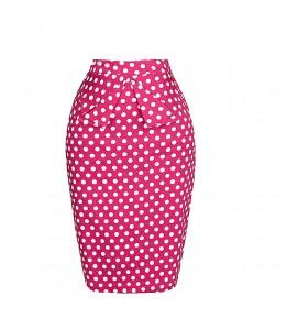 Roztomilá bodkovaná ružová sukňa