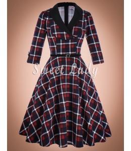 Retro šaty s károvaným vzorom