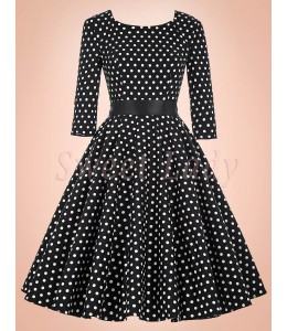 Krásne bodkované čierne retro šaty 021