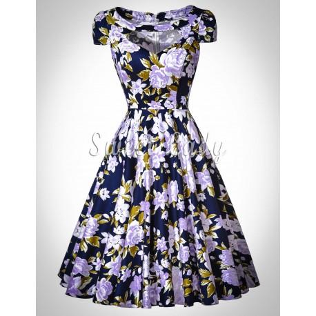 V štýle 50. rokov prekrásne kvetované šaty
