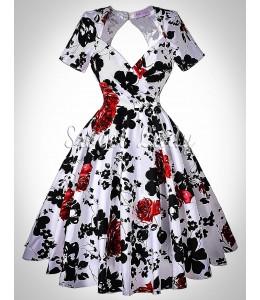 Čarovné kvetinové šaty z rokov 1950