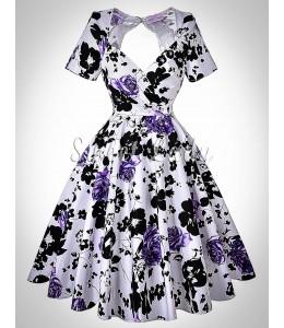 Pôvabné kvetinové šaty v štýle vintage