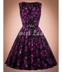 Šaty s fialovými kvetmi z 50. rokov
