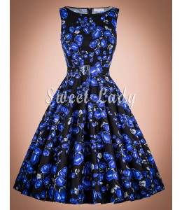 Prekrásne vintage šaty s kvetovanou aplikáciou