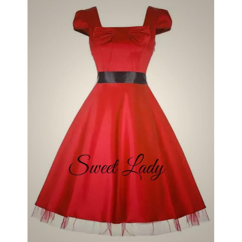 610721411584 Elegantné červené šaty v štýle vintage