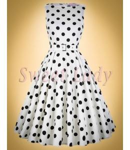 Puntíkované šaty ve stylu vintage